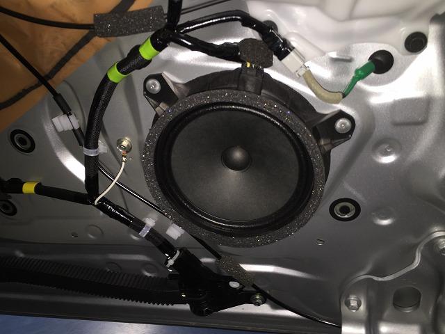 80系VOXYのリアスライドドアスピーカー交換方法