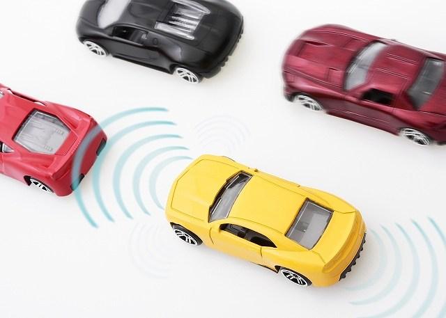 自動車の安全性能向上で自動車保険の保険料が安くなる