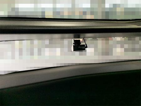 50プリウスのリアドライブレコーダーの取り付け位置