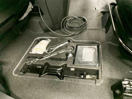 ルーミーの車載工具